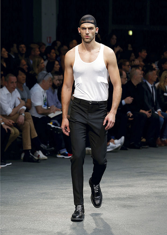 RTW_M_SS15_SHOW_46_look