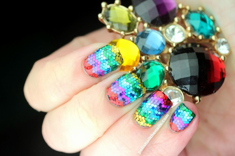 Rainbow zig zag glitter nails with matte glitter, metallic glitter and holo glitter placement (3)